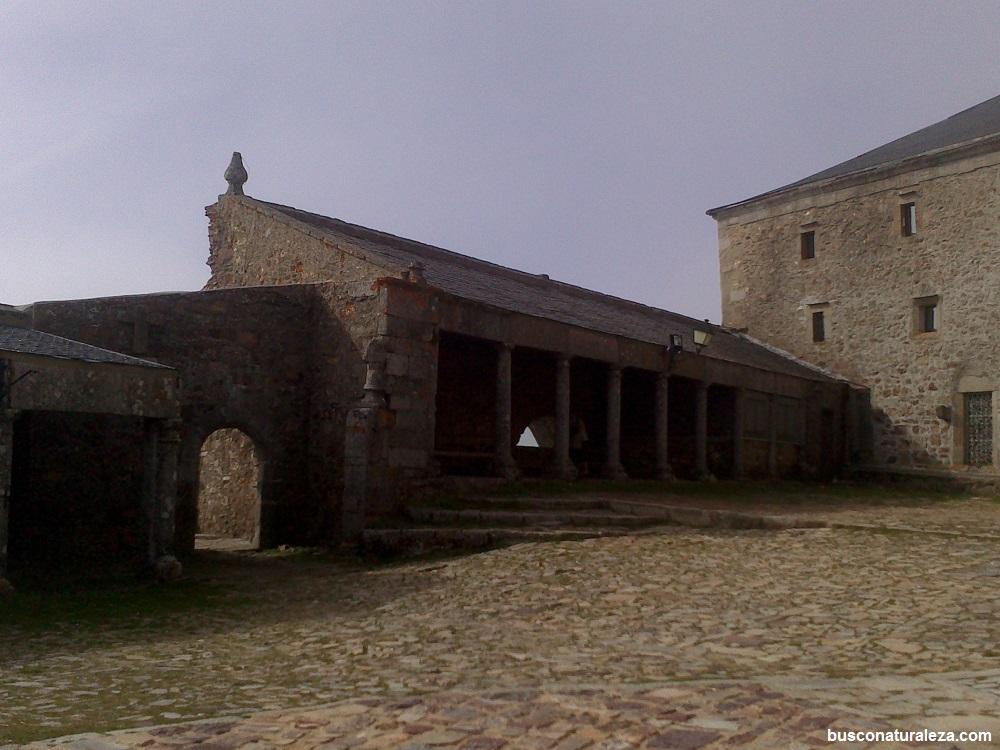 Peña de Francia plaza